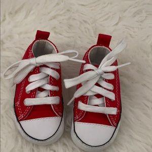 Converse baby
